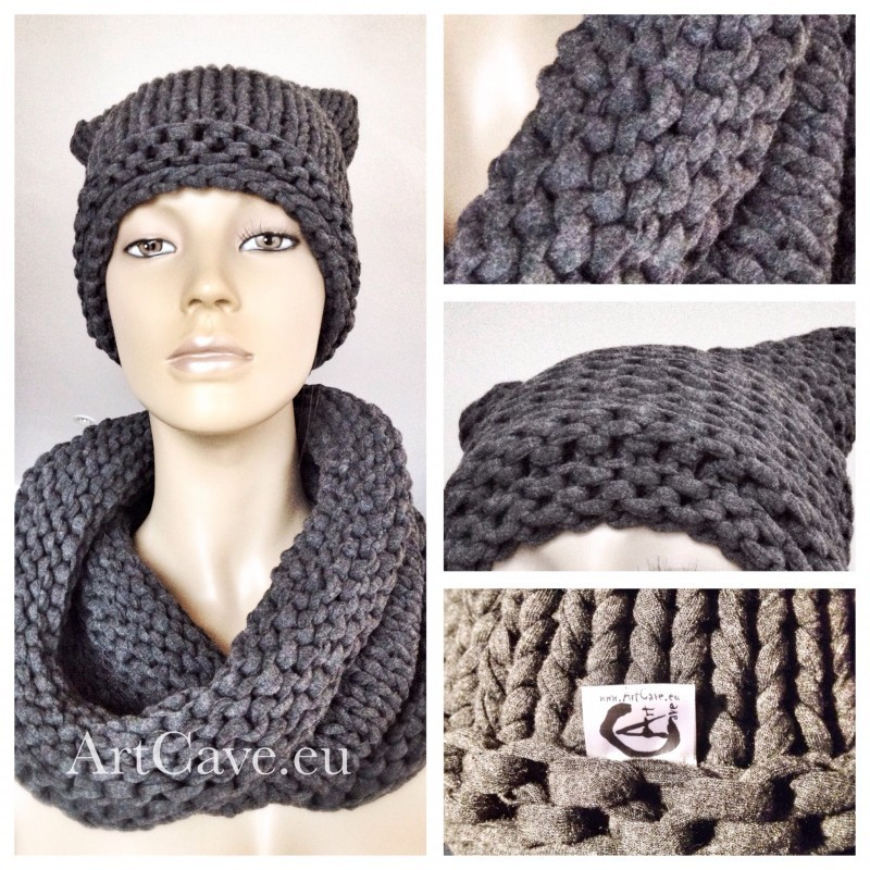 Bobiny knitted grey hat