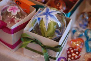glass hand paintend christmas tree bulbs